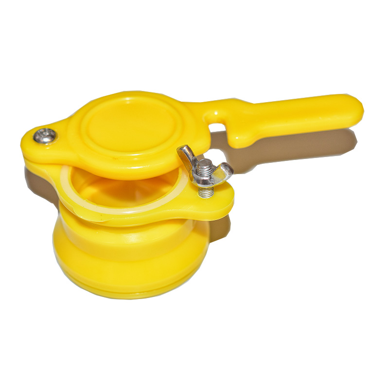 Plastový kohout na plast. nádobu - žlutý-3