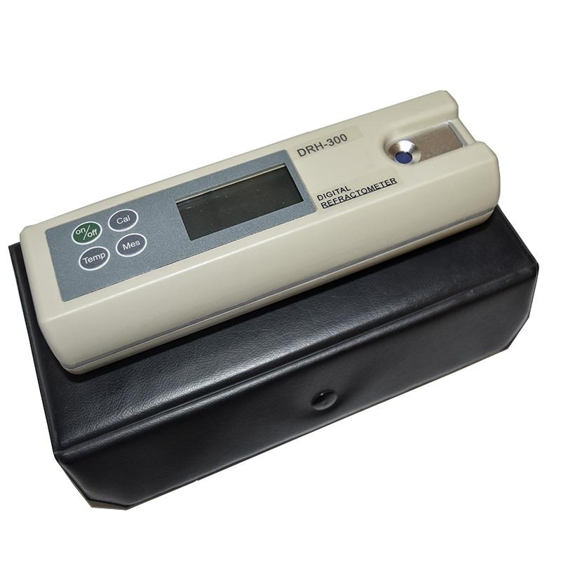 Digitální refraktometr-3