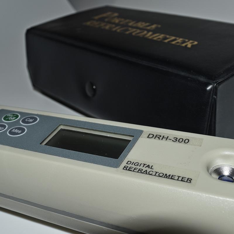 Digitální refraktometr-2